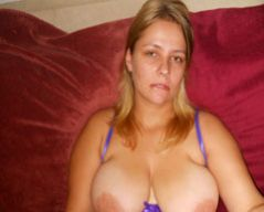 Karen_80 is from Leiston and aged 31 | Image 1